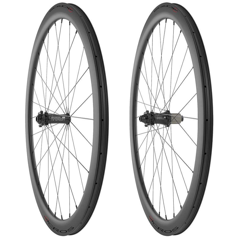 "Acros W/set 28"" Road Disc Carbon 9 x 100mm 10 x 135mm QR"
